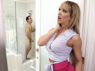 Cherie Deville & Tyler Nixon in Sneaking With regard to With Her BFFs Son - BrazzersNetwork