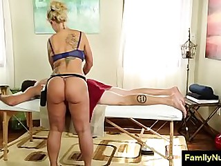 Sexy milf knead and fellow-feeling a amour