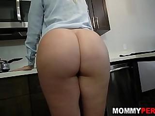 Hot mam fucks descendant before leaving be worthwhile for work