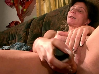german ugly housewife masturbate at one's fingertips casting pov