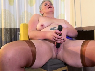 EuropeMaturE Horn-mad Mature Candy Solo Masturbation