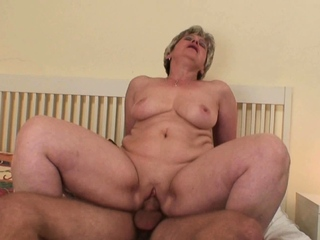 Cock-hungry mother awakes him be expeditious for taboo sexual relations