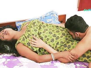 Skit Mummy (2020) UNRATED 720p HEVC HDRip Hindi S01E03