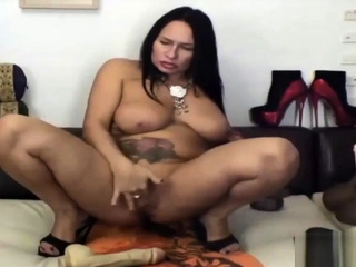 BBW matured shoves toys in her ass