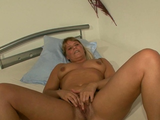 german mature mom seduced at porn chuck