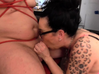 cruel german mature Lady want his flannel