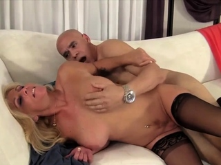 Golden Floosie - Comme �a GILFs Sexual relations Compilation