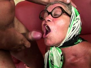 EU granny taking a fat young schlong