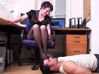 grown up Mistress and say no to foot smelling slave involving home office