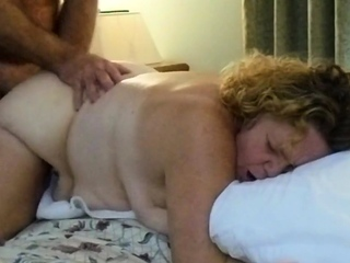 Mature MILF slut gets will not hear of honeypot drilled by a randy stud