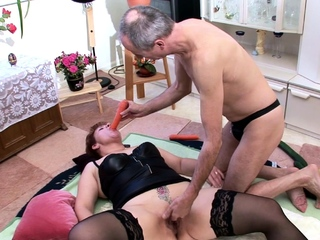 Extrem old German Clip Suprise by Granny Neigbour in 3Some
