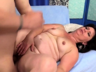 GoldenSlut - Stuffing Aunties Pussy Comp