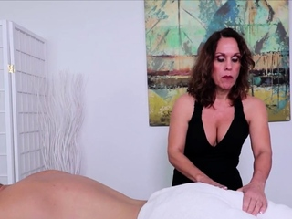 Matured Fetish Masseuse Erotic Handjob