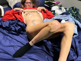 Wasting away tattooed granny with perishable pussy creampie quickie