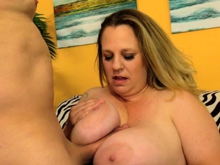 Chunky Winter Wolf Mamma Fucked and Drilled