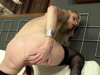 Mature, blonde indulge Petras was show off especially XXX round