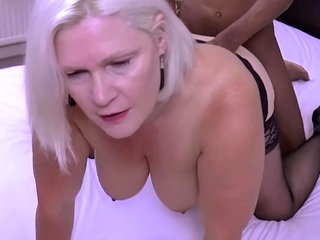 GRANNYLOVESBLACK - You Cant Fumble With Chunky Black Dong