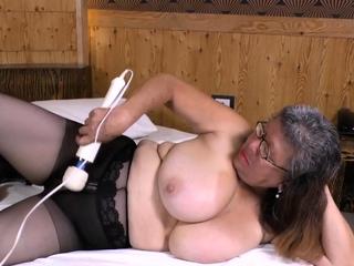 LatinChli Incomparably Busty Latina Solo Masturbation