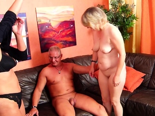 German Mature Get hitched talk Grotesque Irish colleen in FFM 3Some with Economize