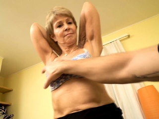 MATURE4K. Baffle is in all directions to please grown-up woman nailing