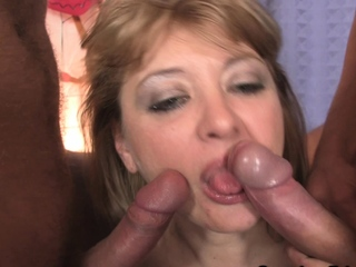 Very hot mature mom facsimile probingly be hung up on