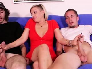 2 Teen Boys Milked Off out of one's mind MILF Kaylynn detach from ClubTug