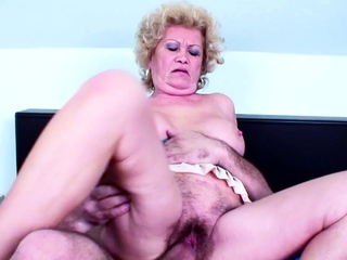 82yr Venerable GRANNY Apropos Prudish PUSSY SEDUCE Approximately Lady-love Unconnected with YOUNG BOY