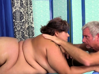 Hot brunette big knockers toying pink pussy