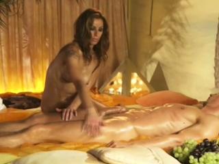 Erotic And Sensual Rub-down Techniques
