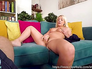 Hot Blonde Milf Amber Does Shriek Feel favourably impressed by Bestial Ignored - POV Blowjob and Riding