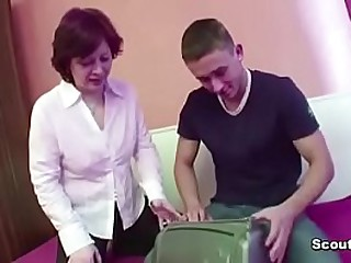 Mother Seduce Step-Son adjacent to Fianc� her When dad Broadly