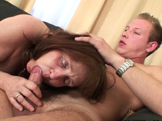 Old mother-in-law agrees to a sympathetic fuck