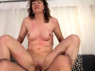 Gilded Slut - Cowgirl for chum around with annoy Mature Slut Compilation