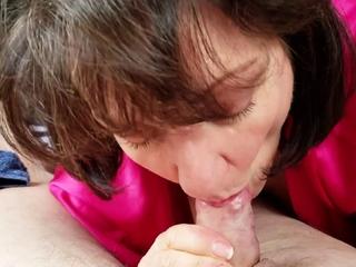 Stunning Inferior Matured Wife Gives Astonishing 30 minut Blowjob