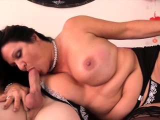 Golden Slut - Sucked off at the end of one's tether an Old Woman Compilation