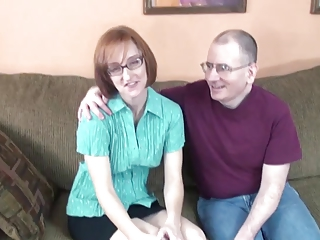 Nerd Housewife Layla Sucks Off A Bristols Be worthwhile for Dicks