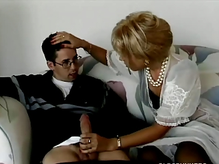 Tow-haired milf buttsex with young scrounger