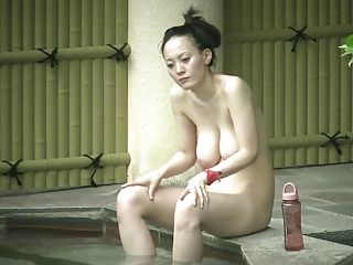 Japaness mom relative to saggy bowels & soft cunt