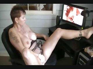 she's heeding porn