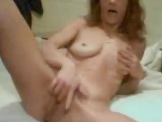 Redhair Milf mastrubating