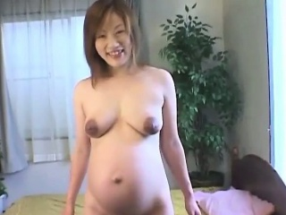 Meaningful asian milf mere added to showering